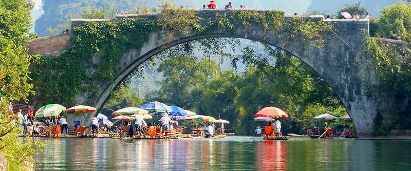 Zerfas Sephen Hong Kong Cuhk Sp13 Picturesque Log Rafts Floating Down The Li River In Yangshuo China